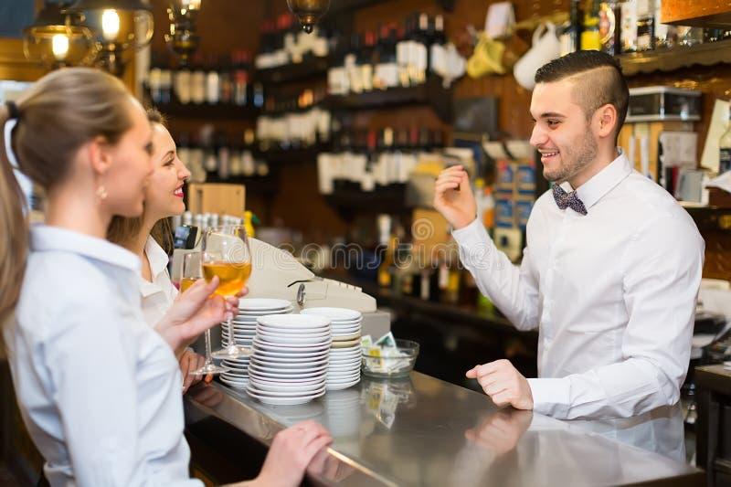 Literatur: Chefinnen flirten nicht mit dem Kellner