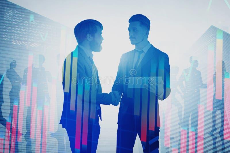 Zwei Männer, die Hände in der Stadt rütteln, stellt grafisch dar lizenzfreies stockfoto