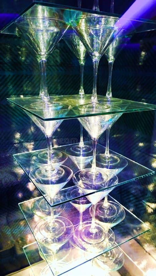 Download Zwei Martini-Gläser stockbild. Bild von martini, gemischt - 47101009