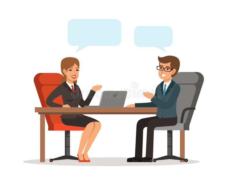 Zwei nette Geschäftsmänner, die über Geschäft während einer von ihnen Computermonitor zeigend sprechen Mann und Frau am Tisch Vek lizenzfreie abbildung