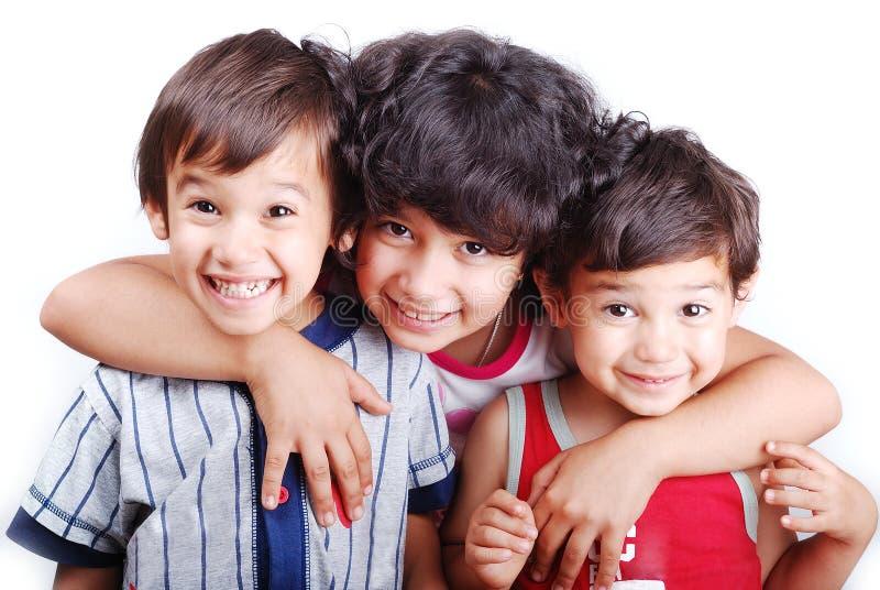 Zwei nette Kinder und Mädchen stockbilder