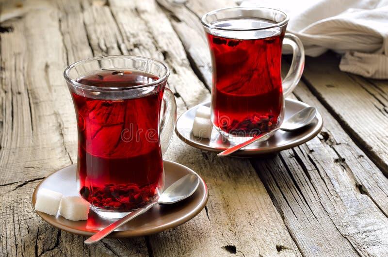 Zwei Schalen roter Tee lizenzfreies stockbild