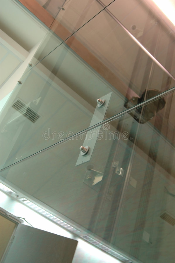 Download Zwei Schrauben Und Lot Glas Stockfoto - Bild: 41250