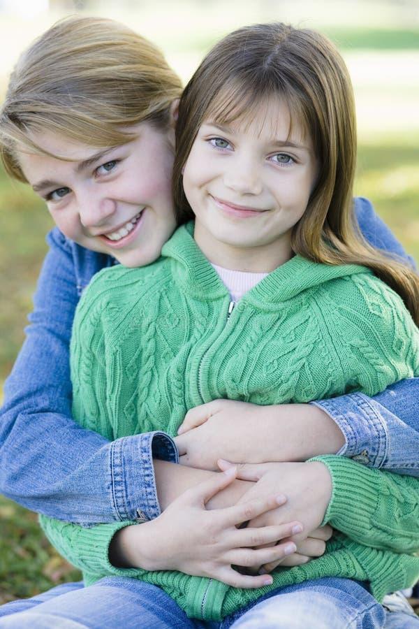 Zwei Schwestern stockfoto