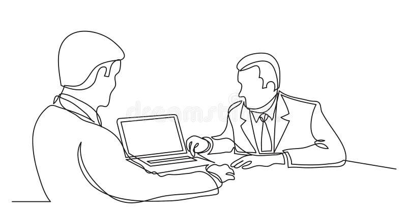 Zwei Teammitglieder, die Darstellung auf Computer- Federzeichnung der einzelnen Zeile des Laptops besprechen lizenzfreie abbildung