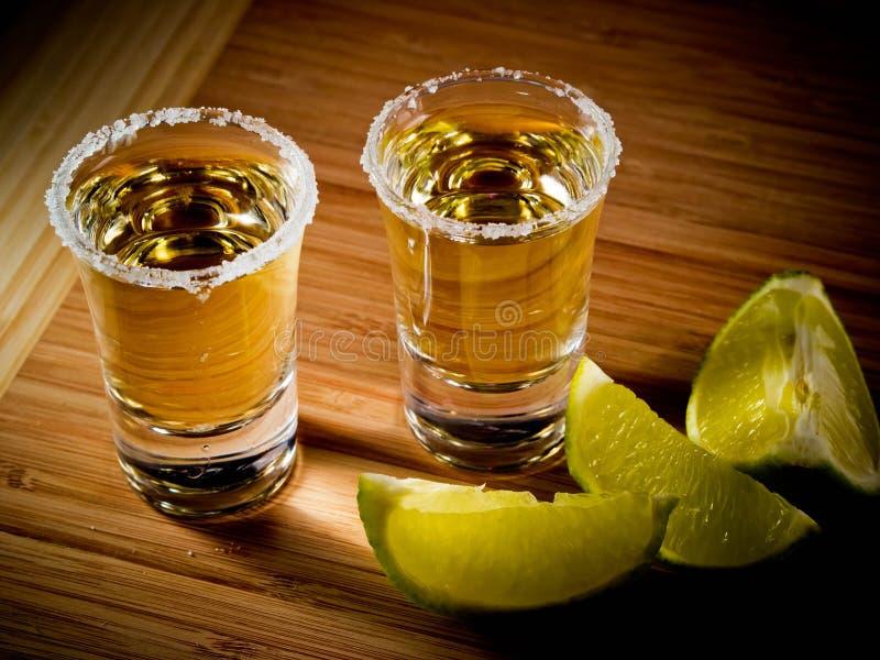 Zwei Tequilas lizenzfreie stockfotografie