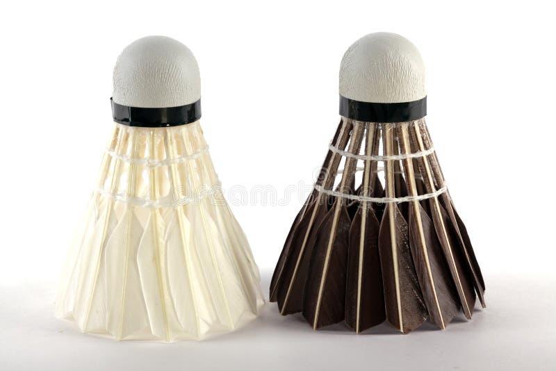Zwei Typen Badminton shuttlecocks stockbild