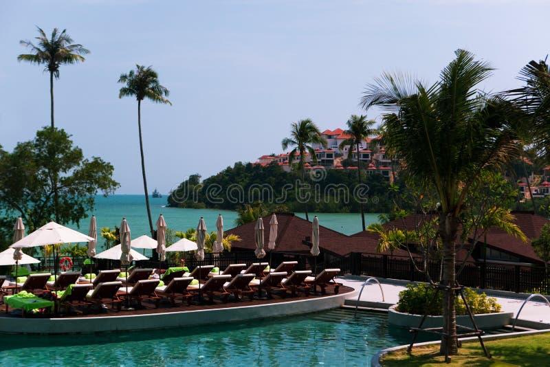 Zwembad in hotel royalty-vrije stock fotografie