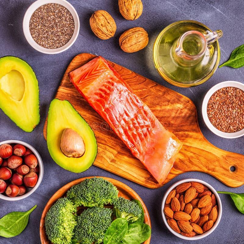 Zwierzęcy i jarzynowi źródła omega-3 kwasy obrazy stock