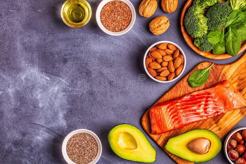 Zwierzęcy i jarzynowi źródła omega-3 kwasy zdjęcia stock