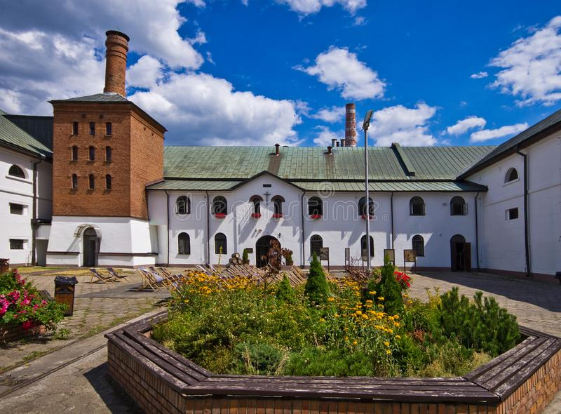 Zwierzyniec Polonia, el edificio viejo de la cervecería fotografía de archivo libre de regalías