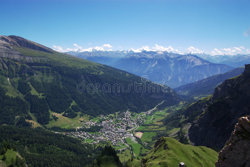 Zwitsers berglandschap stock fotografie