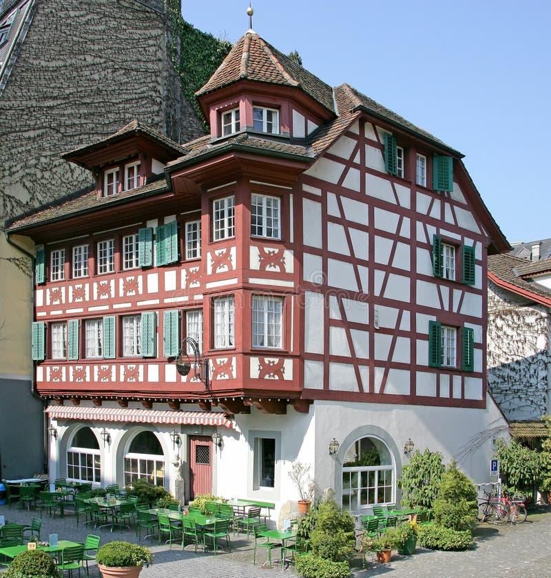 Zwitsers Herenhuis 12 van Nice stock afbeeldingen
