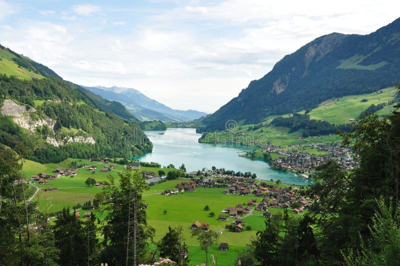 Zwitsers Landschap bij de voet Alpen stock afbeelding