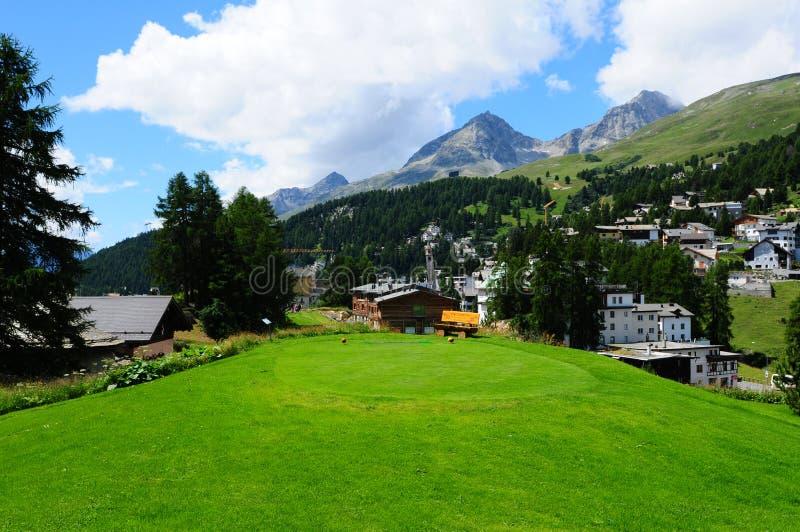 Zwitserse alpen: Kulm-Hotel 9 de cursus van het holwgolf in St Moritz royalty-vrije stock fotografie