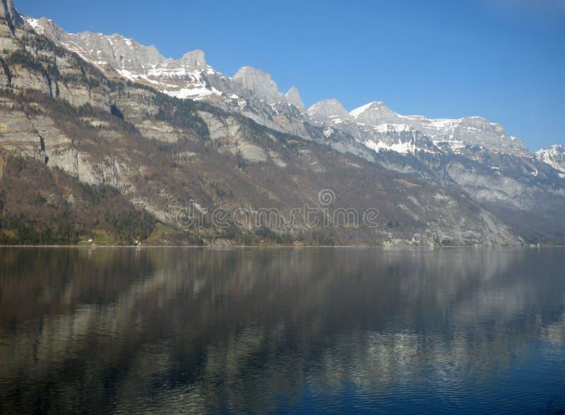 Download Zwitserse Alpes stock afbeelding. Afbeelding bestaande uit land - 39115467