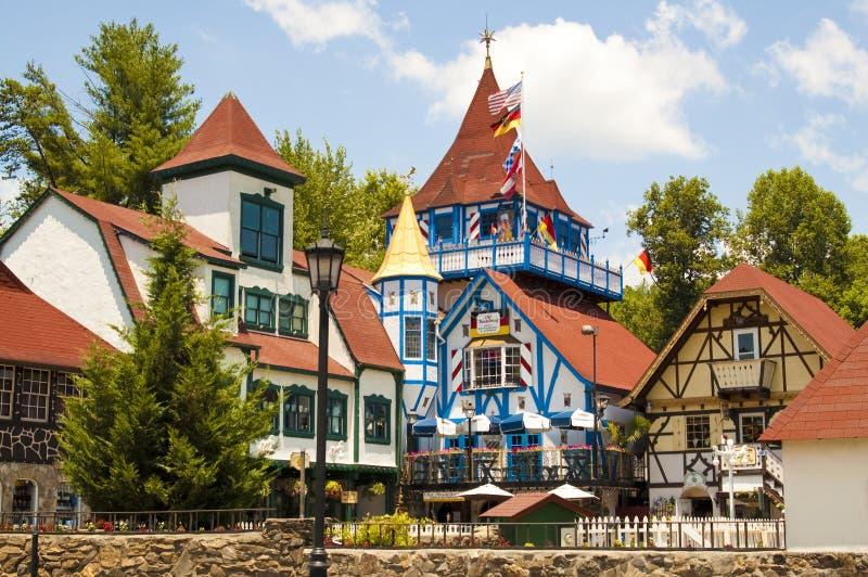 Zwitserse Tudor in Helen GA stock foto's