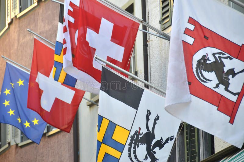Zwitserse Vlaggen Royalty-vrije Stock Afbeelding