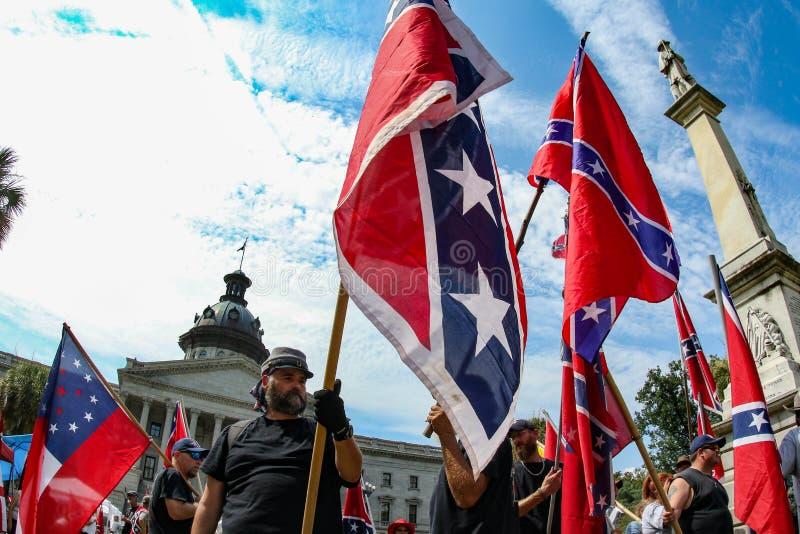 Zwolennicy Konfederacyjna flaga zdjęcia royalty free