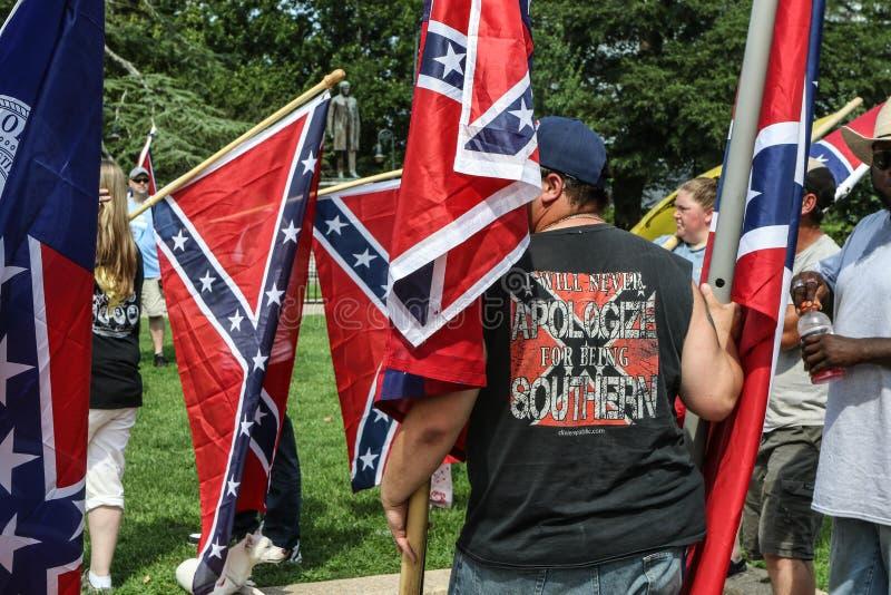 Zwolennicy Konfederacyjna flaga zdjęcie stock