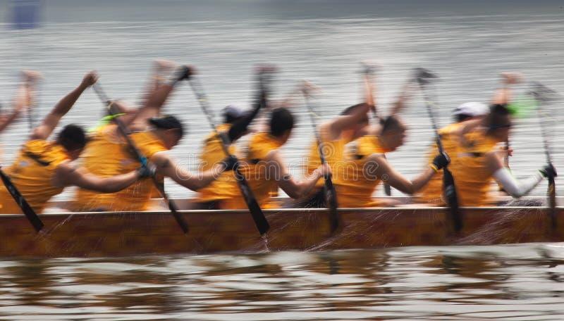 2010 zwycięzca łódkowaty mistrzostw porcelany klubu załoga smok Macau ściga się zwycięzców światowych obrazy royalty free
