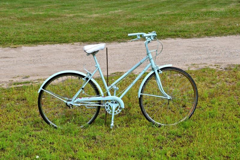 Zwyczaj malujący bicykl zdjęcia royalty free