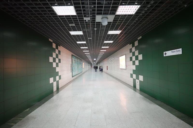 Zwyczajny tunel na Złotym rogu Mamaray metro obrazy stock