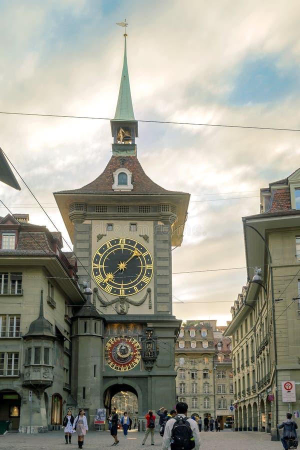 Zytglogge,钟楼是一个地标中世纪塔在伯尔尼,瑞士 库存图片