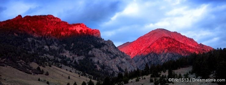 Mountains Sunlight Sunset Light Glowing Red