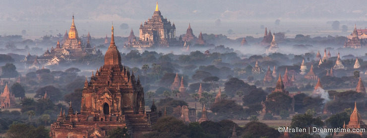 Dawn over the temples of Bagan - Myanmar (Burma)