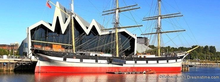 Landscape tall ship glasgow