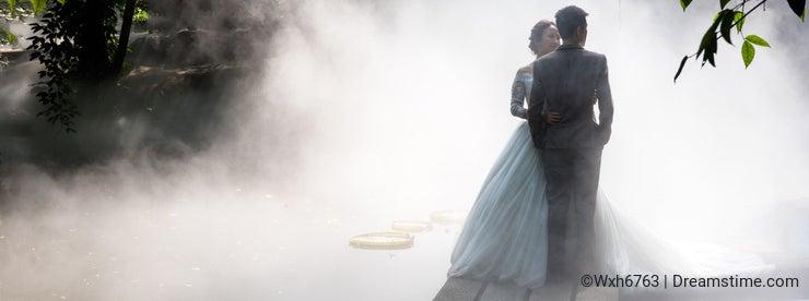 Wedding photos in fog