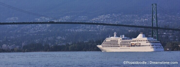Silver Shadow approaches the Lions Gate Bridge