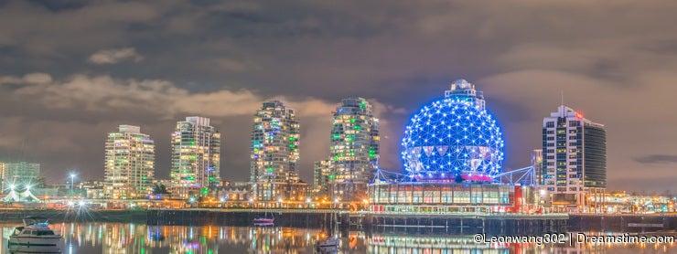 City night views-Science world Vancouver