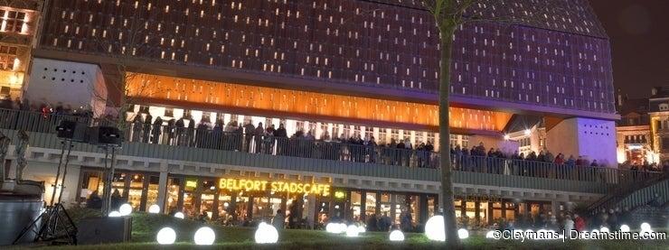 Crowd watching Light bulbs on grass