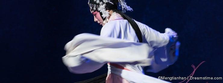 "Intoxicated-The fourth act unexpectedness-Kunqu Opera""Madame White Snake"""