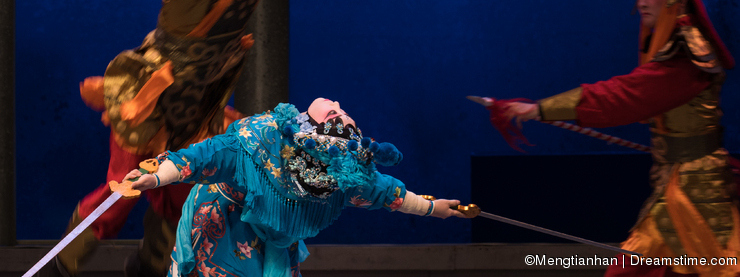 """In a moment-The sixth act water overflows golden hill-Kunqu Opera""""Madame White Snake"""""""