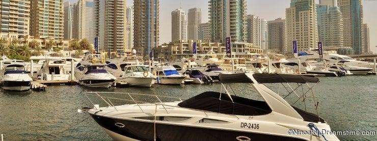 Dubai Marina Walk Yacht agressive design