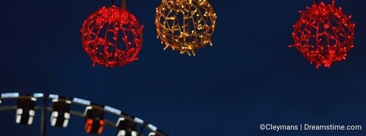 Roue de paris (ferry wheel) in Ghent, Christmas
