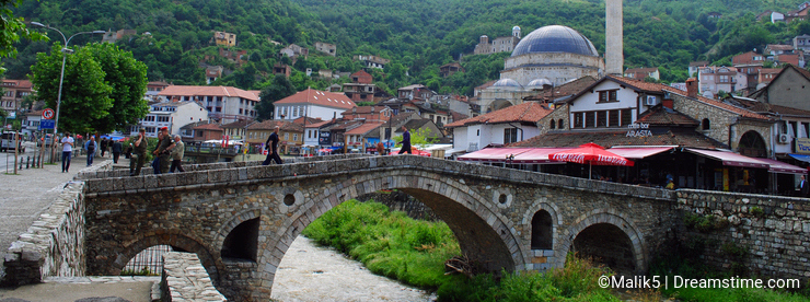 Stone bridge and Sinan Pasha mosque