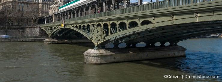 Paris Metro on the Pont de Bir-Hakeim Bridge
