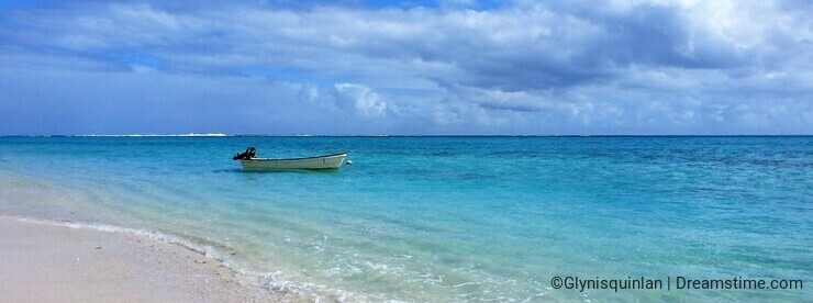 Bliss in paradise - the tranquil blue waters off Mystery Island