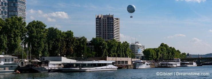 Paris - Front of the Seine