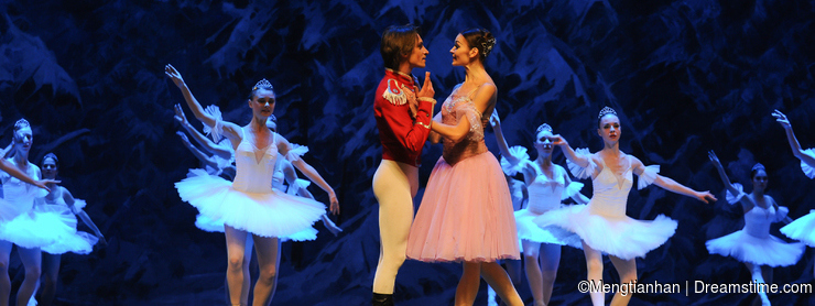 Be in love with-The first act of fourth field snow Country -The Ballet Nutcracker
