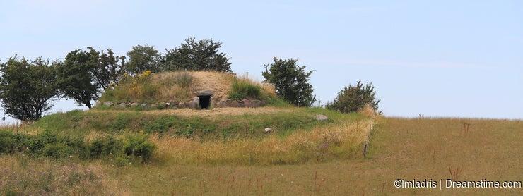 Hulbjerg Passage Grave, Bagenkop, Denmark