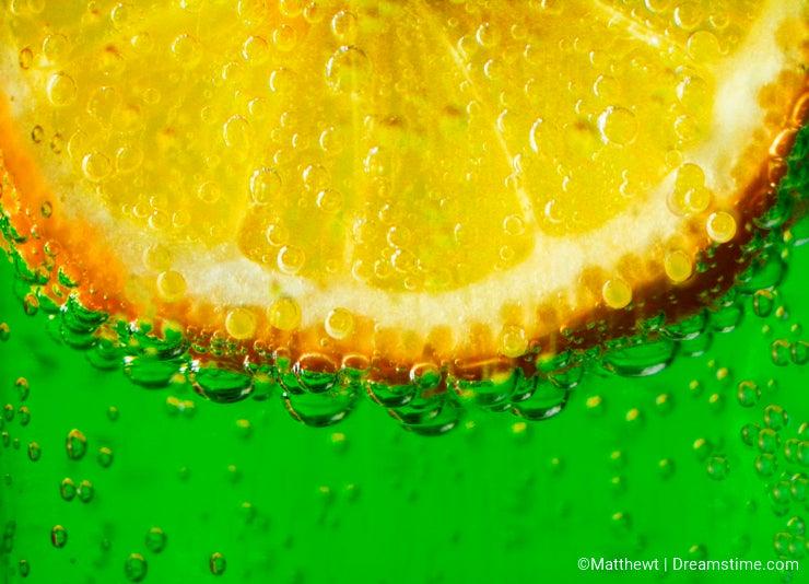 Lemon In Sparkling Water 1