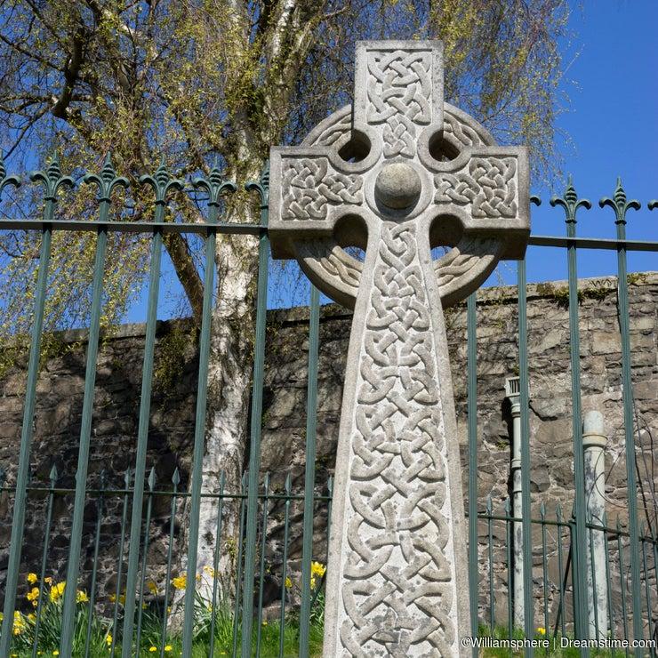 Carved network Celtic cross - Scotland