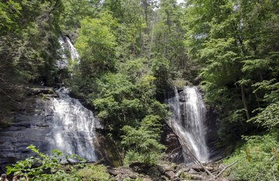 Location Spotlight: Anna Ruby Falls, Georgia