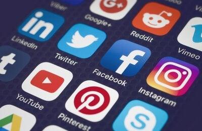 Using Stock Photo on Social Media