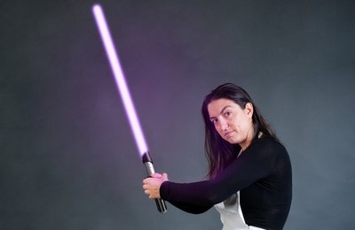 How To Add Lightsaber Blades to Photos in Adobe Photoshop